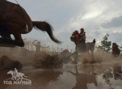 Индонези уралдааны ялагч хоёр үхрээр шагнуулдаг