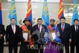 Дундговь, Сүхбаатар аймгийн шилдэг уяачид