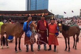 МУ-ын Манлай уяач Б.Буяннэмэх: Моринд дуртай нөхдөө баярлуулж байсны буянаар төрийн наадамд их морь түрүүлгэлээ