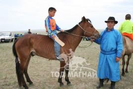 """Дорнод аймгийн Булган сумын """"Буянт хүлэг"""" гал уяаны 5 жилийн ойн уралдаанаас"""