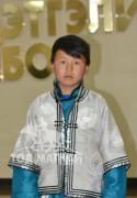 """Дундговь аймгийн Хулд сумын 1-р сургуулийн 5-р ангийн сурагч """"Хийморьт хүлэг"""" гал уяаны уралдаанч 12 настай Гансүхийн Энхболд"""