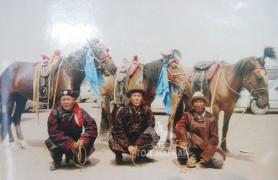 2008 он. Аймгийн баяр наадамд жороо хар морь аман хүзүү