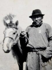 Дамдинсүрэн
